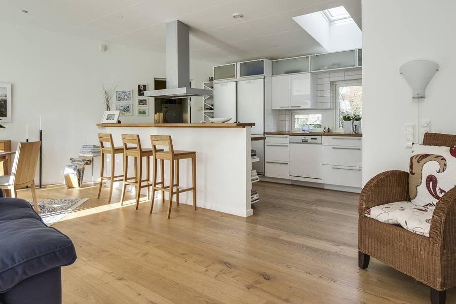 hochwertiges fertigparkett aus schweden. Black Bedroom Furniture Sets. Home Design Ideas