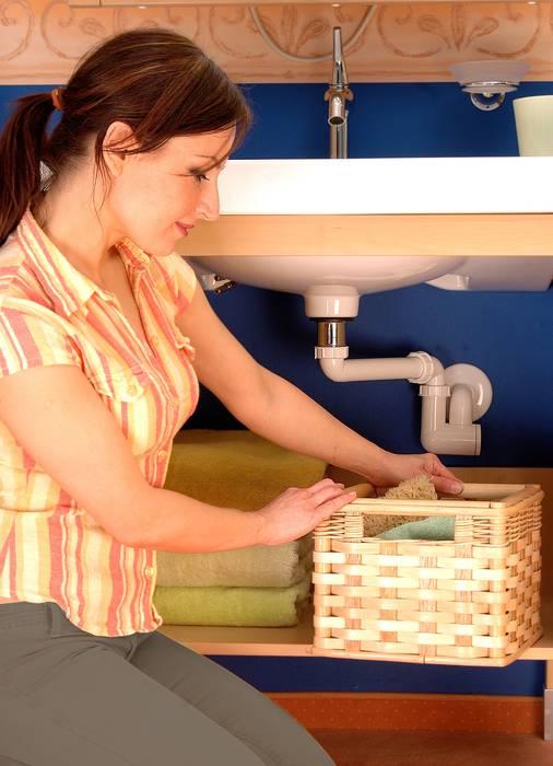 kleines platzwunder am waschtisch. Black Bedroom Furniture Sets. Home Design Ideas