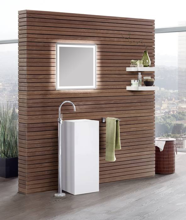 Badezimmerspiegel modern illuminiert - Badezimmerspiegel modern ...