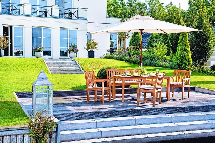 Raus ins Freie - Relaxen in stilvollen Gartenmöbeln