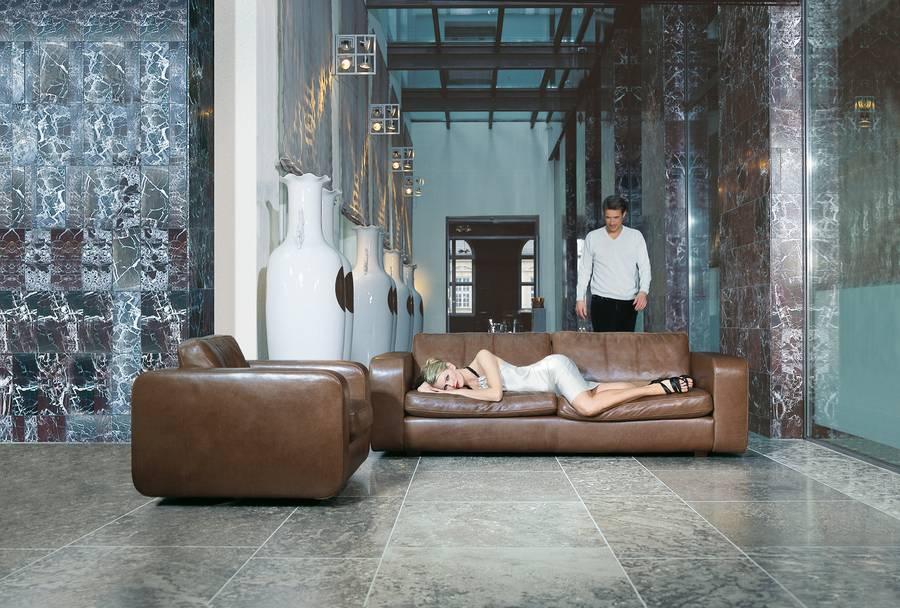 wohnen wird m nnlich. Black Bedroom Furniture Sets. Home Design Ideas