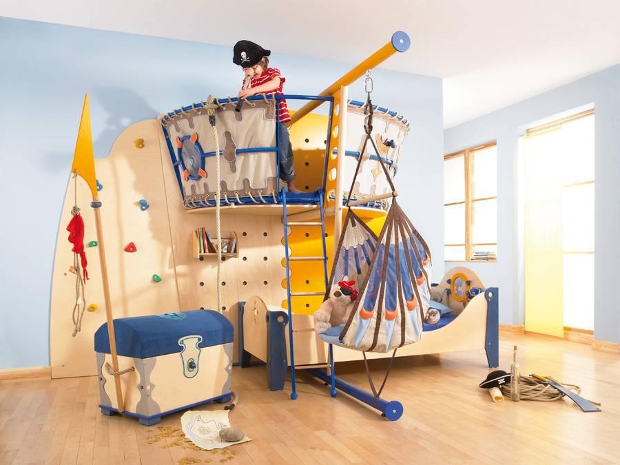 Toben tollen turnen fantasie im kinderzimmer - Abenteuerbett junge ...